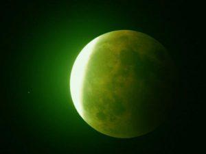 moon-green